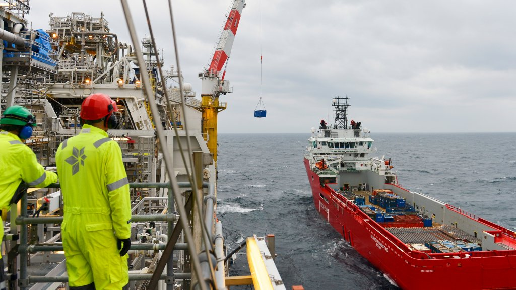 Statoil awarding contracts to five ship owners - equinor com