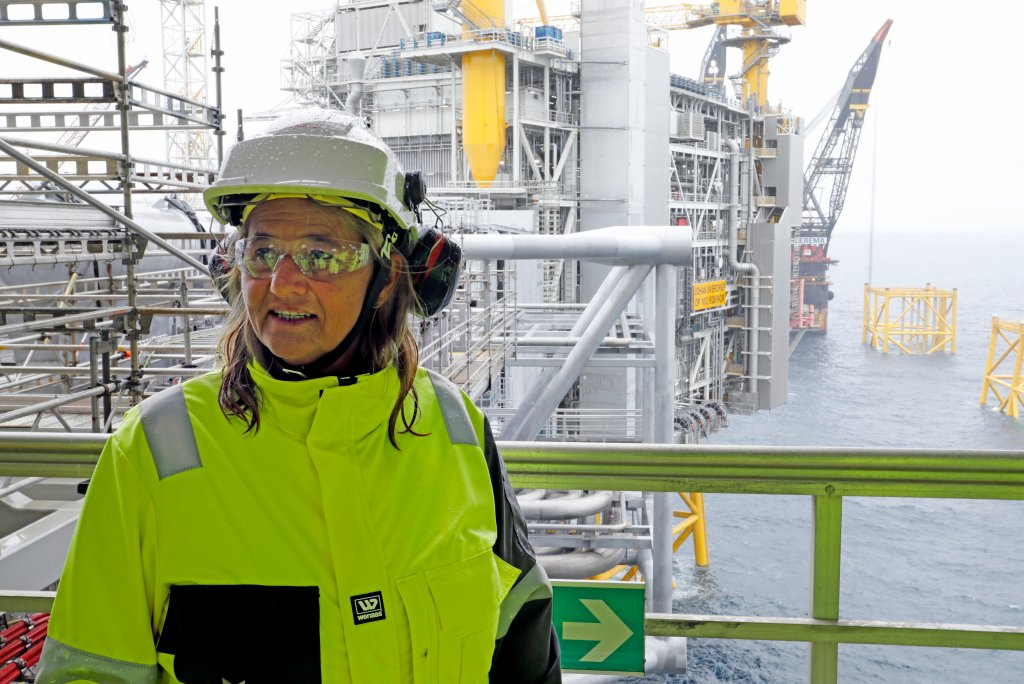 Margarerth Øvrum visiting the Johan Sverdrup field