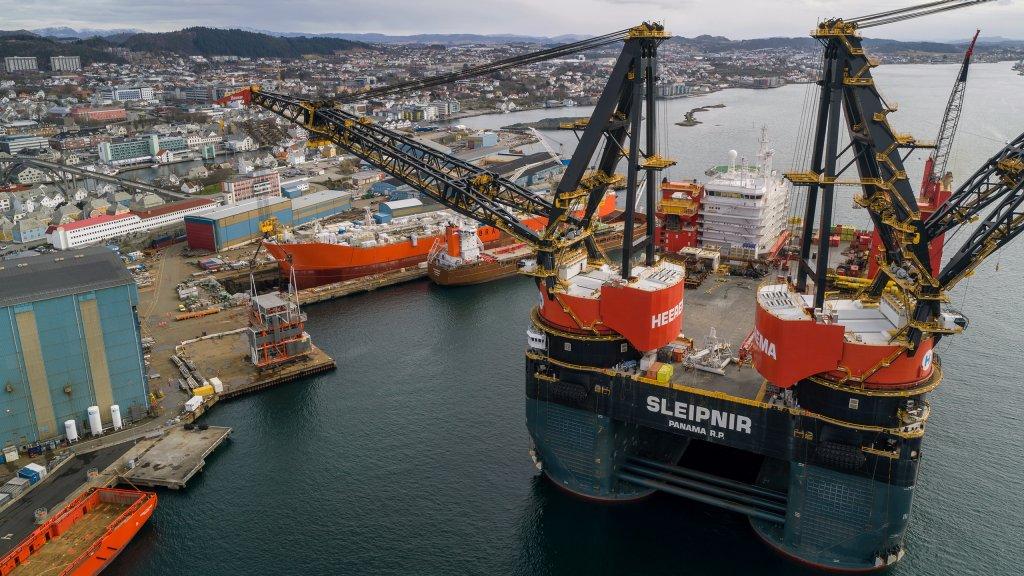The Sleipnir heavy lift vessel