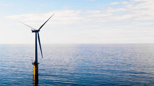 Heavy maintenance of offshore wind turbines